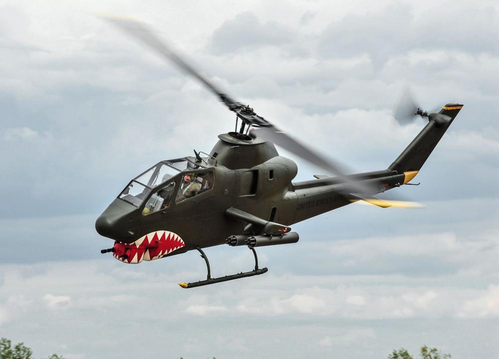 MISE - Bitevní vrtulník AH-1 Cobra