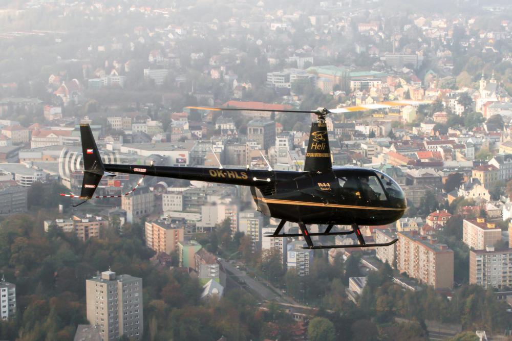 HLINSKO a okolí  | Let vrtulníkem Robinson R44 (06.08.2022)