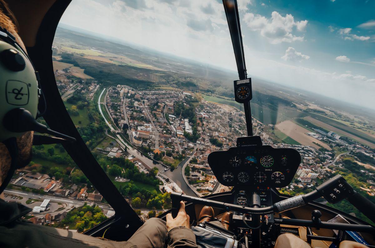 NYMBURK - Let vrtulníkem 25.07.2020