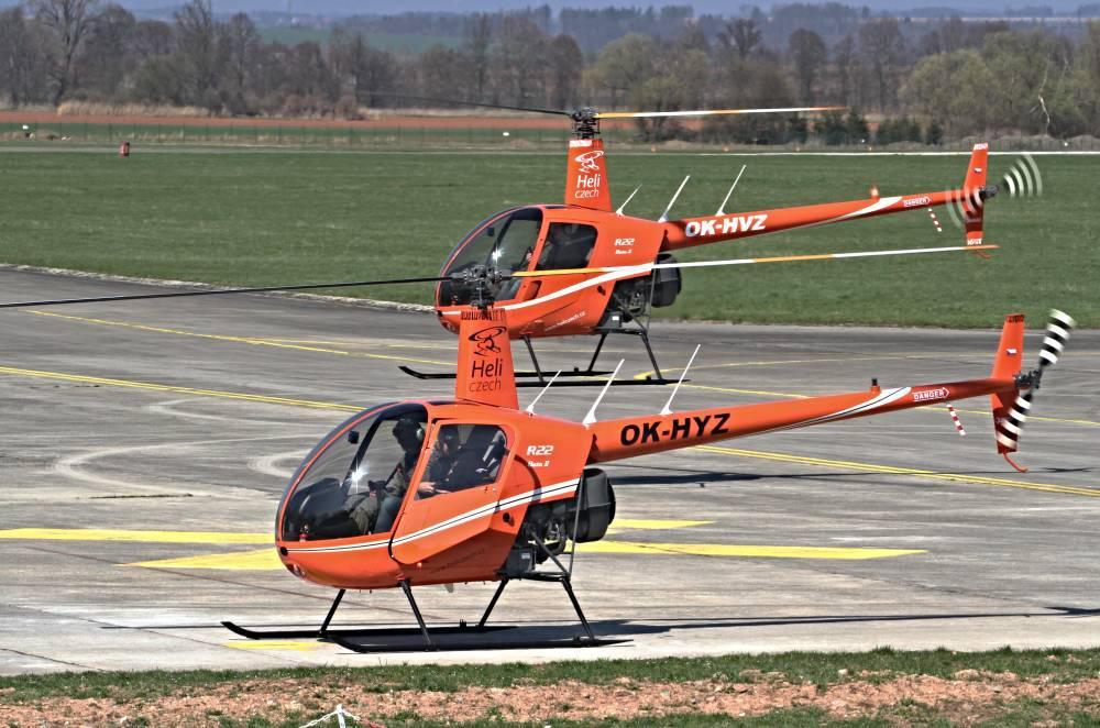 Pilotem vrtulníku R22