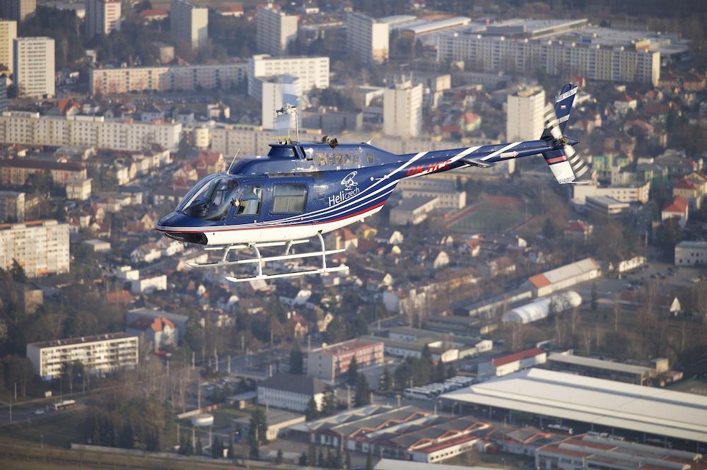 ZLÍN a okolí | Let vrtulníkem BELL 206 (16.07.2022)